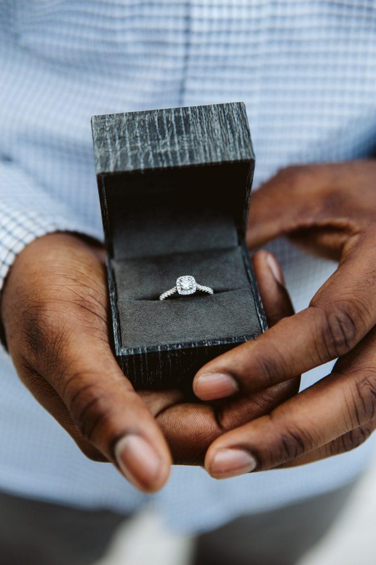 Proposal/engagement ring
